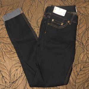 Women's cuffed jeans/jeggings